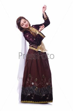 Молодая исполнительница народного азербайджанского танца