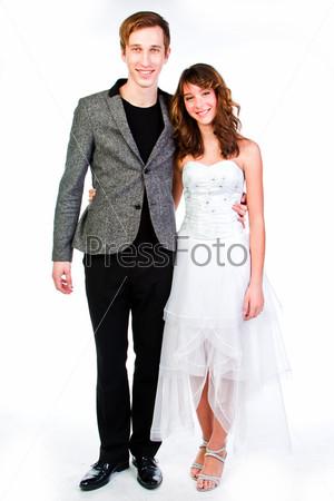 Фотография на тему Красивая пара любящих друг друга молодых людей