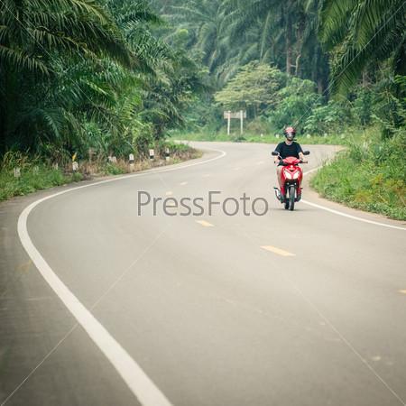 Фотография на тему Езда на мотоцикле