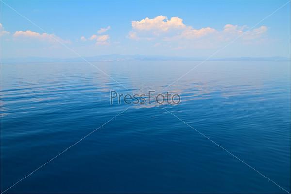 Поверхность моря