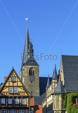 Фотография на тему Маркткирхе в городе Кведлинбург, Германия