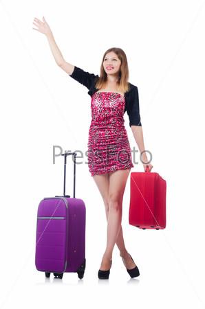 Молодая путешественница, изолированная на белом фоне
