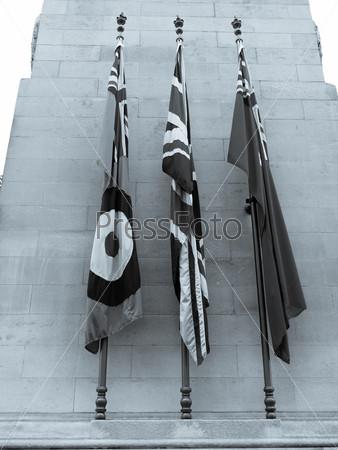 Фотография на тему Кенотаф в память о погибших во всех войнах, Лондон, Великобритания