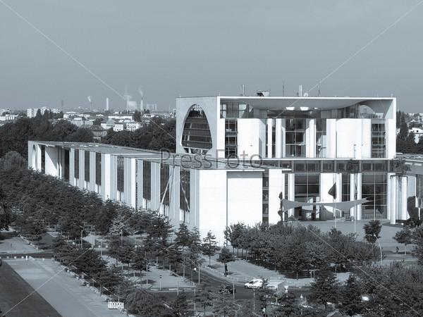 Здание правительственных министерств в Берлине