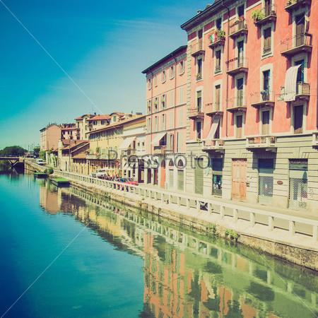Фотография на тему Навильо-Гранде, водный канал в Милане, Италия