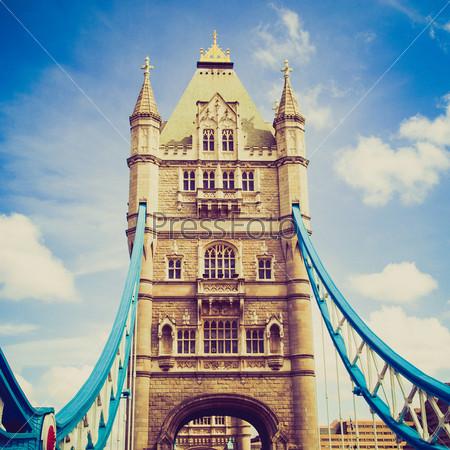 Фотография на тему Тауэрский мост на реке Темзе, Лондон, Великобритания