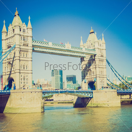 Тауэрский мост на реке Темза, Лондон, Великобритания