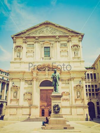Базилика Сан Феделе в Милане, Италия