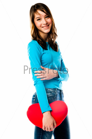 Фотография на тему Красивая девочка с плюшевым сердечком