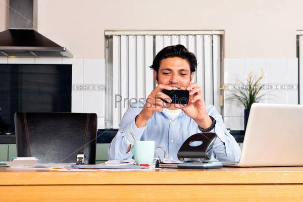 Фотография на тему Мобильный банкинг