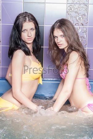 Девушки в джакузи фото фото 295-888