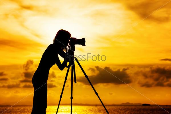 Силуэт фотографа