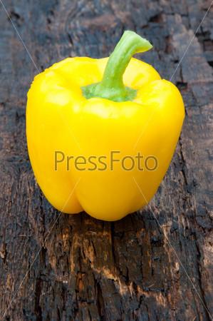 Sweet pepper yellow