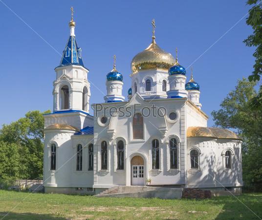 Строящаяся церковь в ст. Кирпильской Краснодарского края