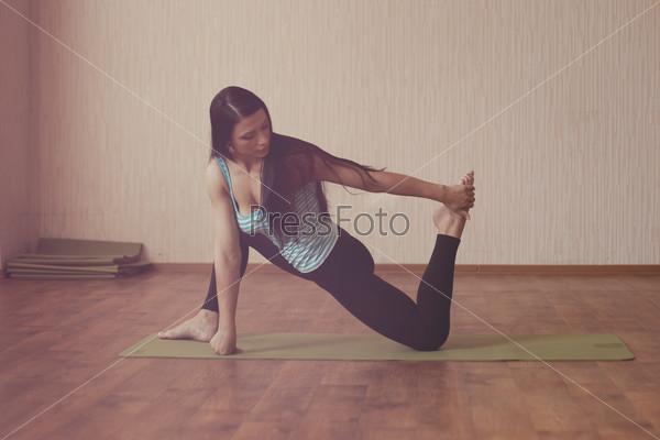 Stretching gymnast