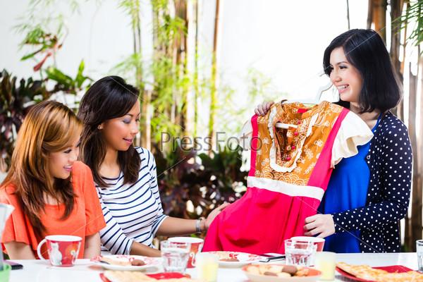 Asian are fashion conscious
