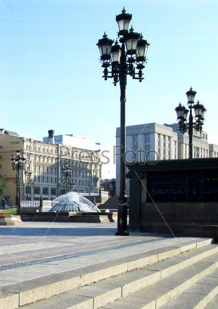 Фонари на городской площади