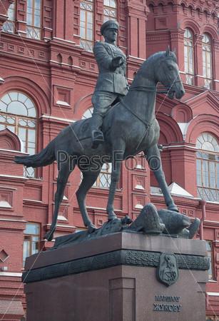 Москва. Статуя Маршала Жукова