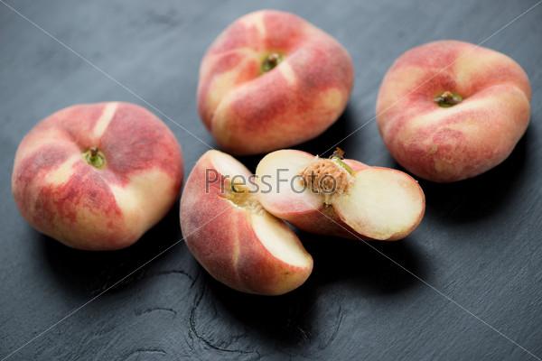Китайские персики
