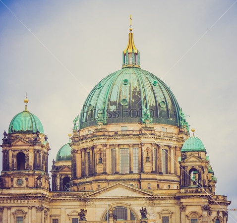 Retro look Berliner Dom