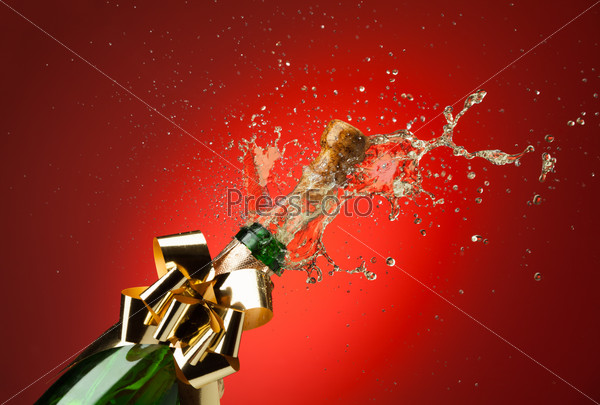 Opening Champagne bottle