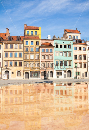 Color houses of Warsaw marketplace square