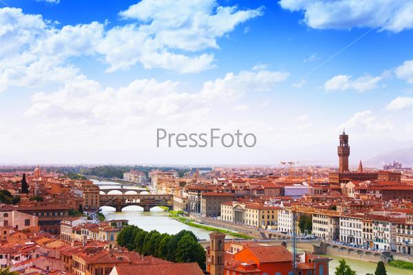 Ponte Vecchio bridge over Arno river