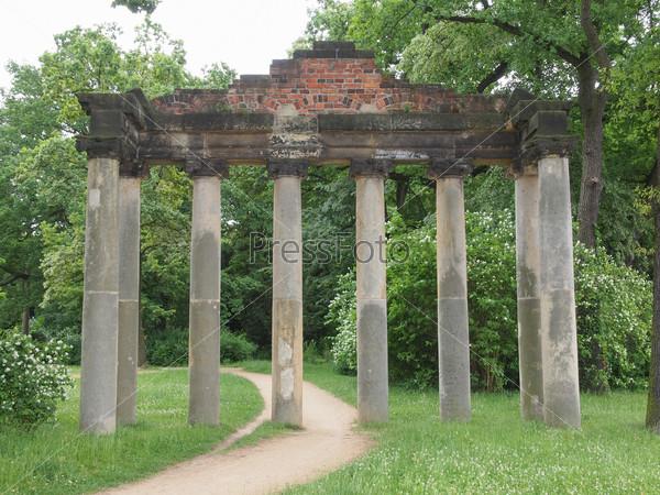 Sieben Saeulen ruins in Dessau Germany
