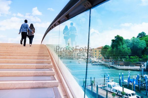 Romantic couple on the bridge in Venice