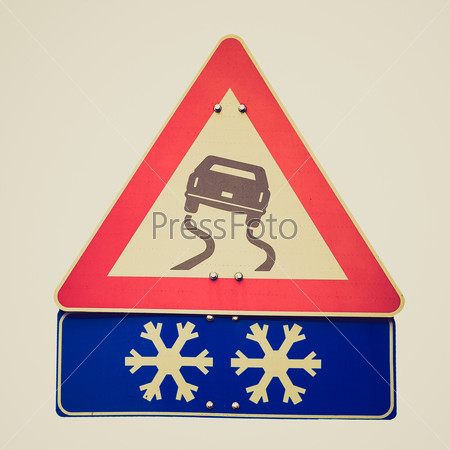 Retro look Slippery road sign