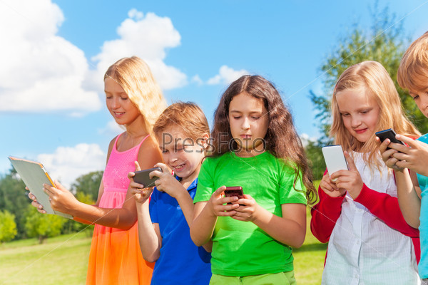 Kids  occupied with phone
