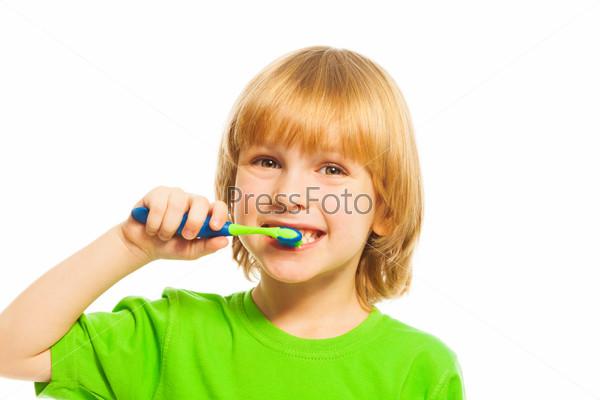 Brushing teeth is important