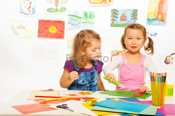 Little girls and creativity
