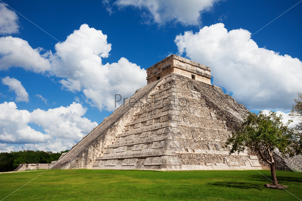 Beautiful view of Chichen Itza monument, Mexico