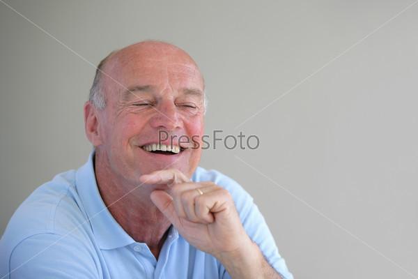 Картинки по запросу фото мужчина смеётся