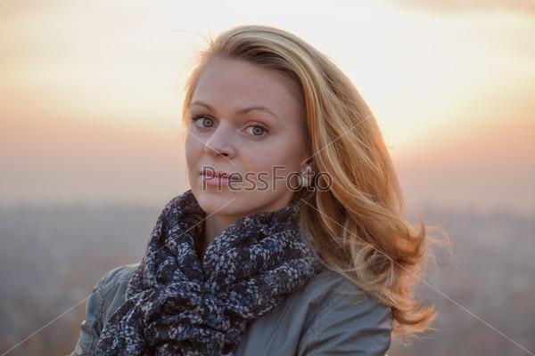 Фото блондинок с длинными волосами фото 557-721
