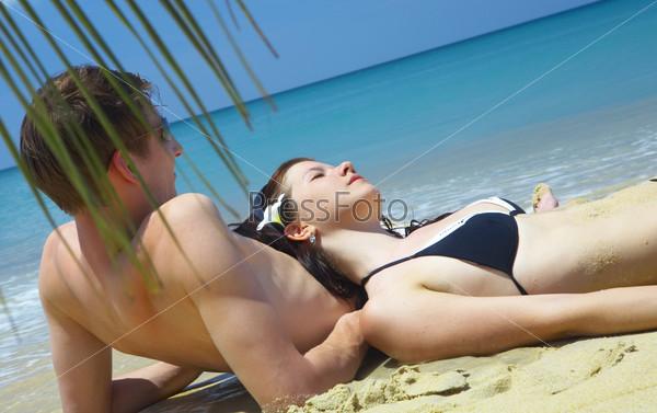 Секс туристов на пляжу