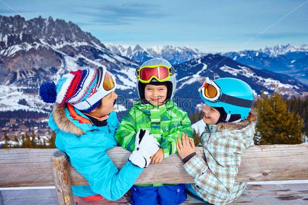 essay on winter season for kids Autumn is one of the four seasons on earth and is the transition from summer into winter in north america, autumn is also known as the fall, in which both thanksgiving and halloween are celebrated.