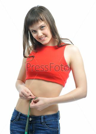девушки измеряют свою глубину