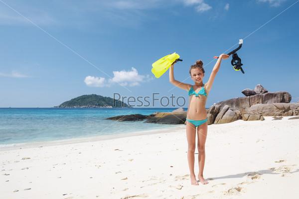 Русские пикаперы девчонка купается в море