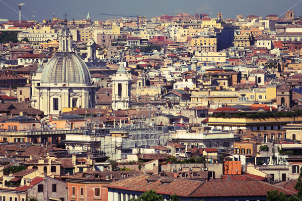 Красочные крыши Рима, Италия