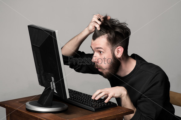 ᐈ Компьютера картинка и фото человек за компьютером