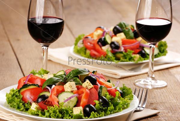 Салат к красному сухому вину
