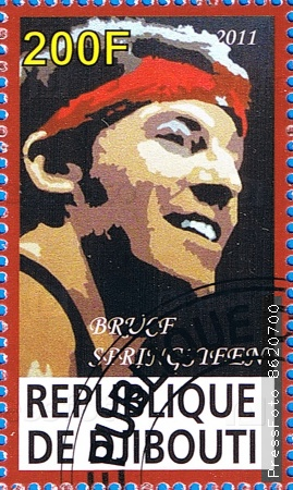bruce frederick joseph springsteen his life Bruce frederick joseph springsteen (born september 23, 1949), nicknamed the boss, is an american singer-songwriter and multi-instrumentalist who records and tours with the e street band springsteen is widely known for his brand of heartland rock, poetic lyrics.
