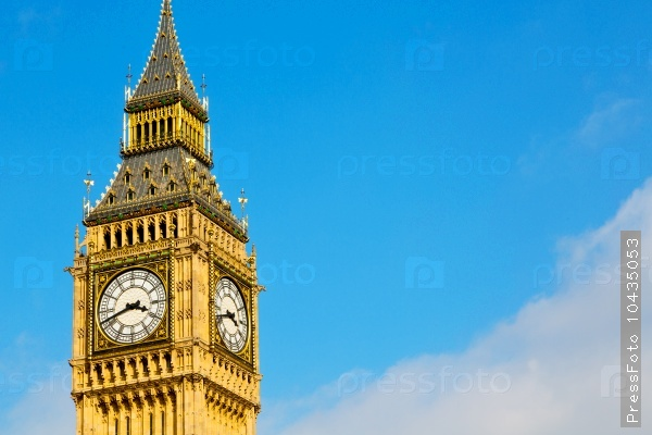 london big ben and historical old construction england  aged cit