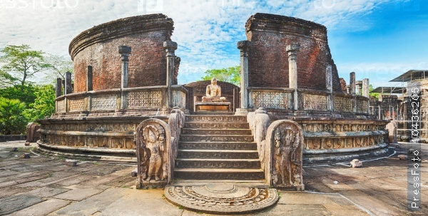 The Polonnaruwa Vatadage. Panorama
