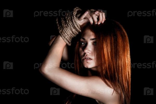 Женщины со связанными руками фото 212-918