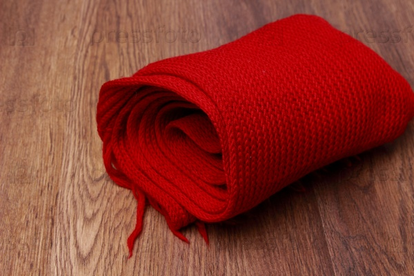 Красный вязаные шарф