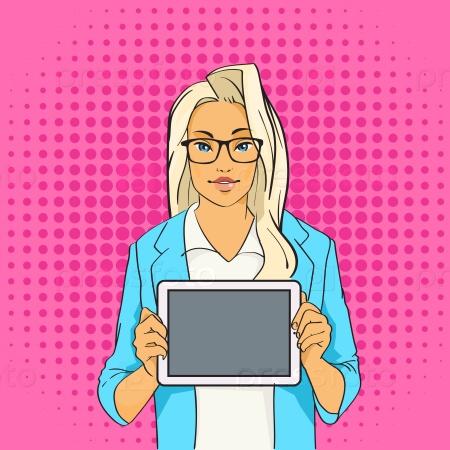 Блондинка-блоггер