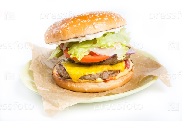 Гамбургер с соленьями
